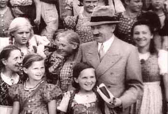Hitlers Happy Family
