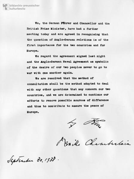 """Gemeinsame Erkl""""rung Neville Chamberlains und Adolf Hitlers nach dem Mnchener Abkommen."""