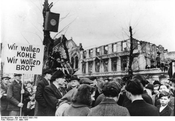 Krefeld, Hungerwinter, Demonstration
