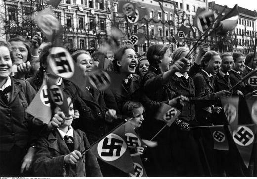 Girls-Waving-NS-Flags